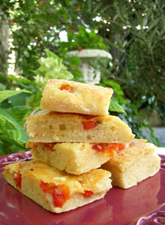 Focaccia aux tomates, feta & marjolaine (sans pétrissage)