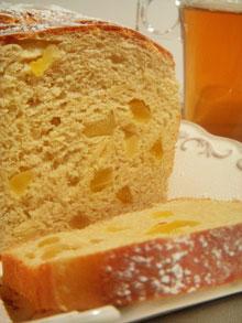 Pain brioché à la purée d'amandes & fruits secs (pommes et poires)