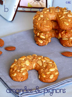 Biscuits aux amandes & pignons – Quelques news