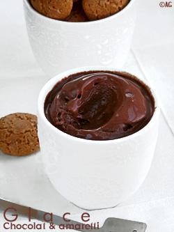 Glace au chocolat noir & amaretti