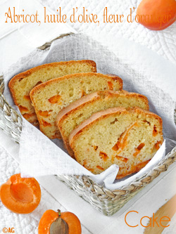 cake aux abricots, huile d'olive et fleur d'oranger