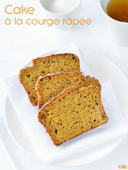 Cake à la courge râpée, zestes de citron & épices