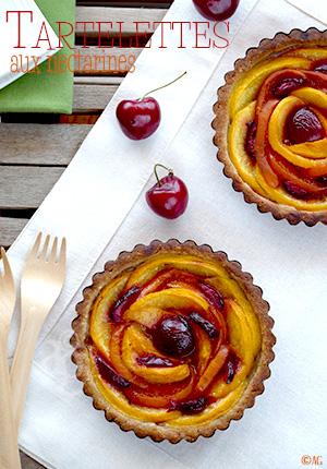 Tartelettes aux nectarines – Pâte à tarte à la châtaigne & sarrasin