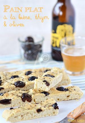 Pain plat à la bière, thym & olives – Pain express, cuisson au four