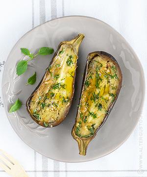 Aubergines fondantes ail & basilic