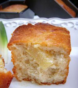 Mini cakes à la ricotta, ananas & amaretti