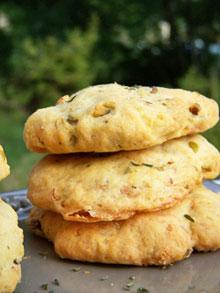 Cookies salés aux pistaches, thym & chèvre