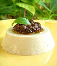 Caviar d'aubergines en Panna Cotta & Pesto d'olives