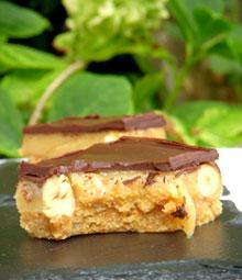 Carrés aux palets Breton, caramel, noisettes & chocolat façon Millionaire's Shortbread