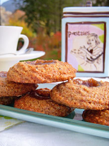 Biscuits façon petits-fours aux noisettes & crème de marrons