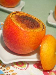 Crème brûlée & curd aux oranges sanguines dans leurs écorces