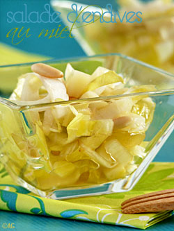 Salade d'endives aux pignons, raisins, Ossau Iraty & miel
