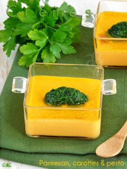 Crèmes au parmesan, carottes & pesto de persil