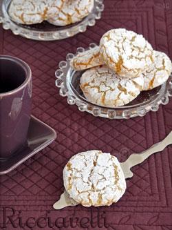Ricciarelli – Délicieux biscuits Italiens aux amandes –