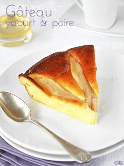 Gâteau léger au yaourt grec & poire
