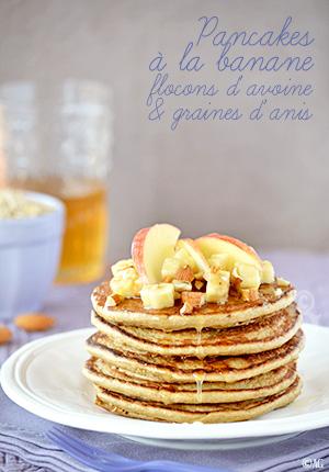 Pancakes à la banane, flocons d'avoine & graines d'anis