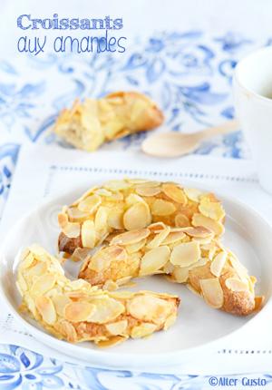 Croissants aux amandes ( biscuits )