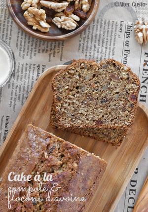 Cake à la compote & flocons d'avoine